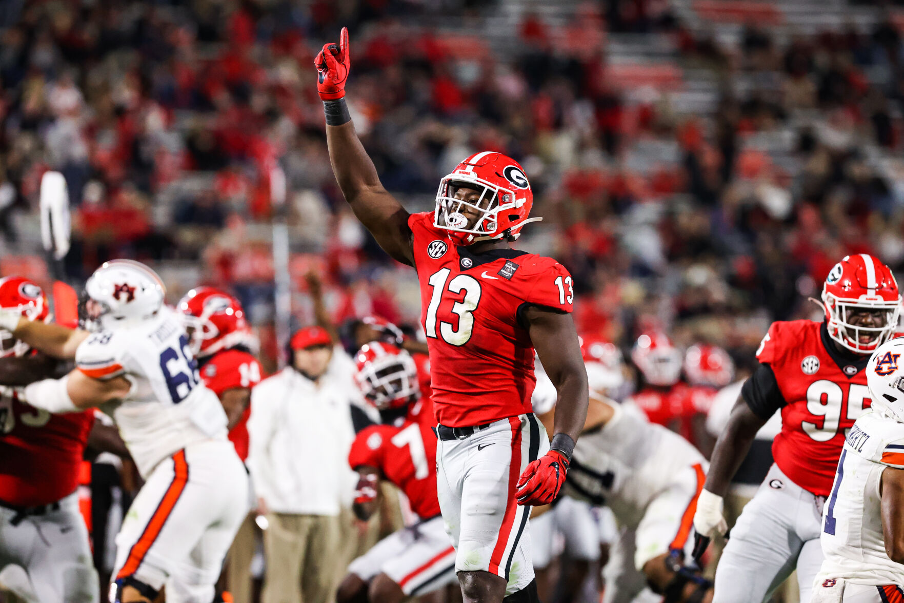 Georgia Football Report Card Grading Bulldogs Position Groups After Win Against Auburn Sports Redandblack com