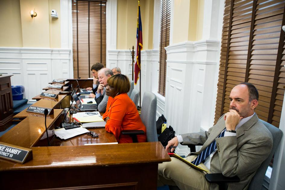 Athens Mayor and Commission hears plans for Hot Corner and Dudley parks, water recycling program - Red and Black