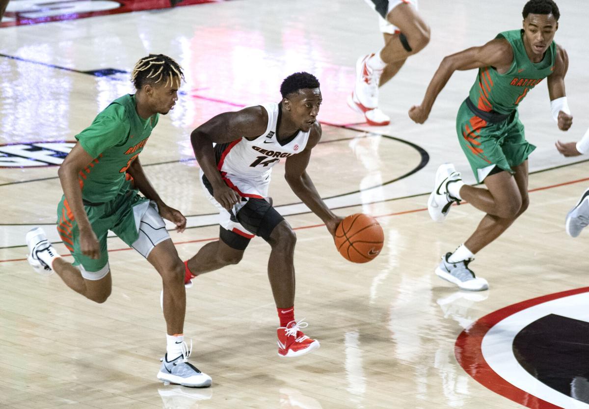 201129_ks_BasketballvsFLAM_03.jpg