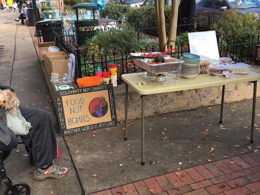 Food Not Bombs setup