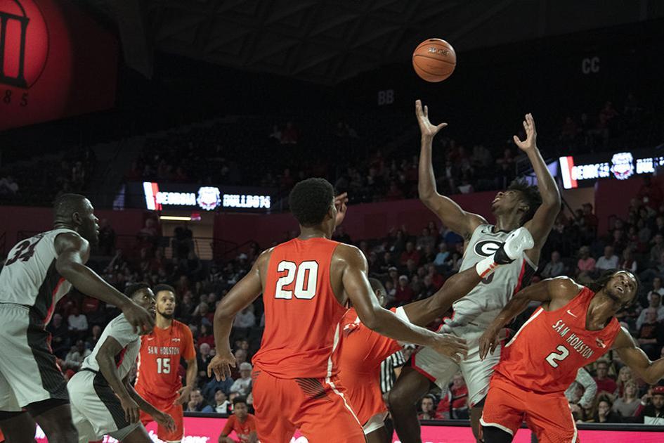 Georgia men's basketball defeats Sam Houston State, 75-64