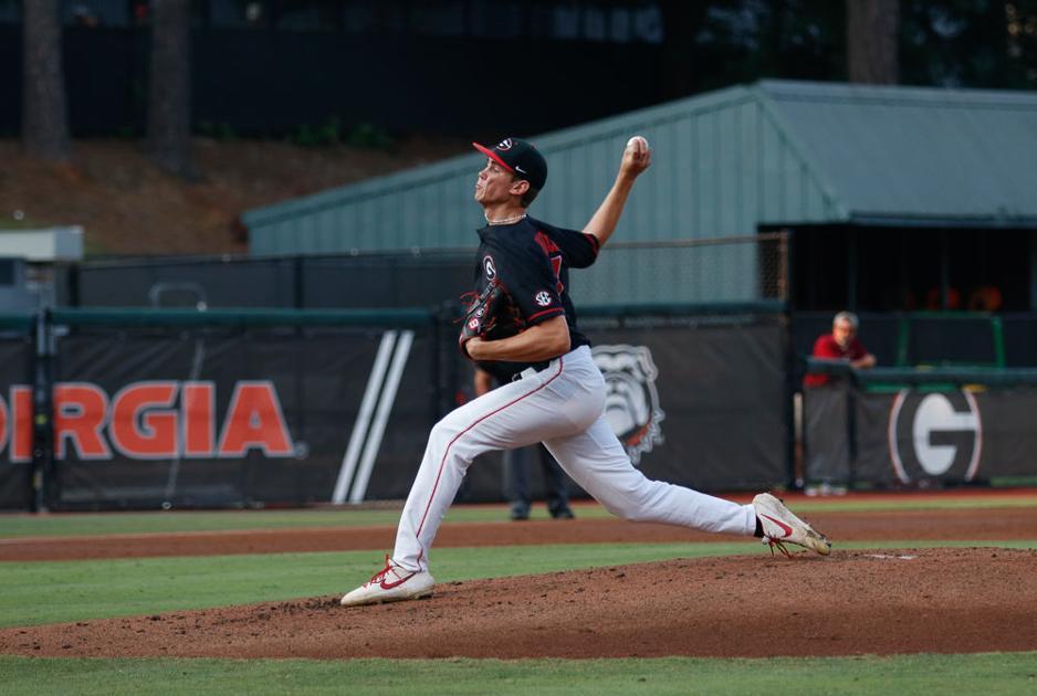 Georgia baseball routs Santa Clara 9-0 in first matchup of four-game series
