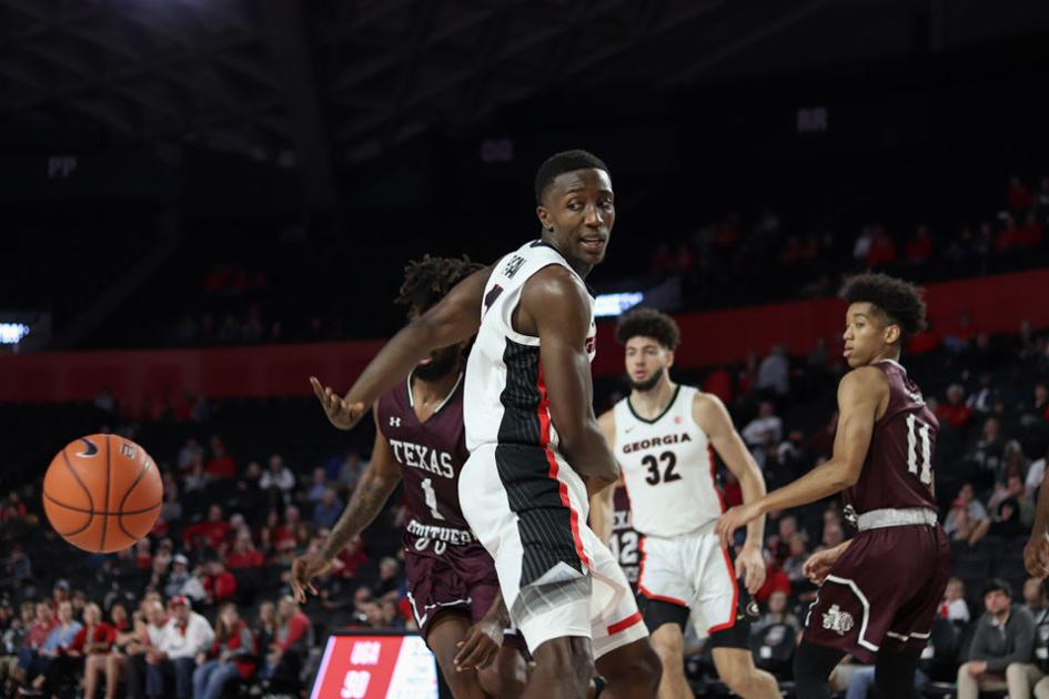 Georgia basketball squanders first-half lead in 76-74 loss to No. 20 Arizona State
