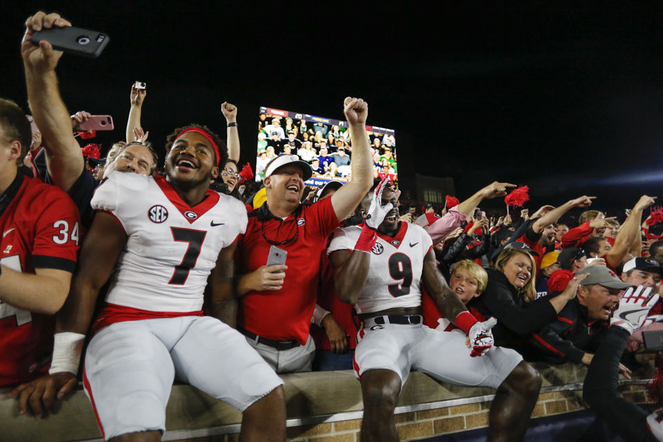 Georgia keeps good thing going, routs Samford