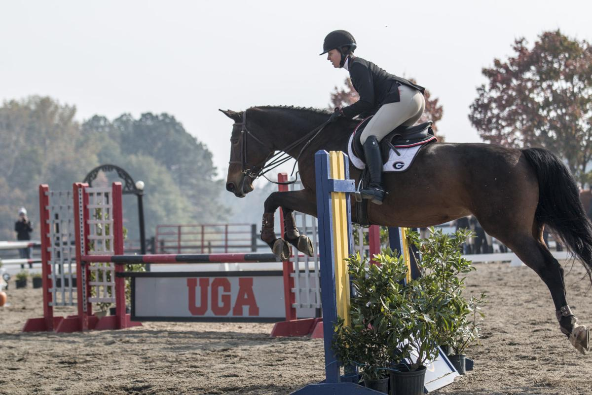 Georgia Equestrian S Maddy Darst Rides For More Than