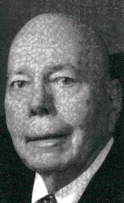 Real estate agent was deeply involved  in several Redlands service clubs