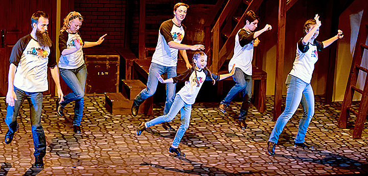 A dance recital performed by members of a StageRight class.