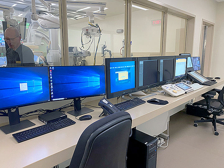 HOSPITAL control room 12-13.jpg