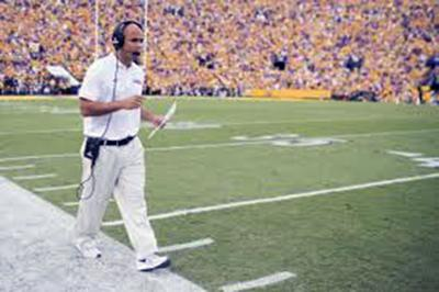 Dave Aranda on the sidelines at LSU's 63-28 victory over Ohio State Sturday at the Peach Bowl.