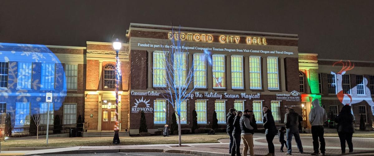 Deck the city hall