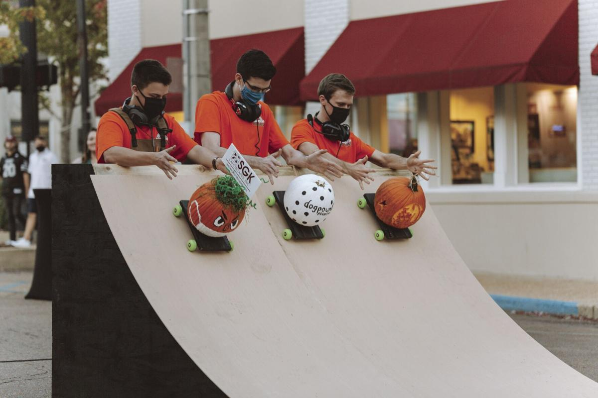 Starkville mayor carves the competition at MSU's second annual Talladegourd race