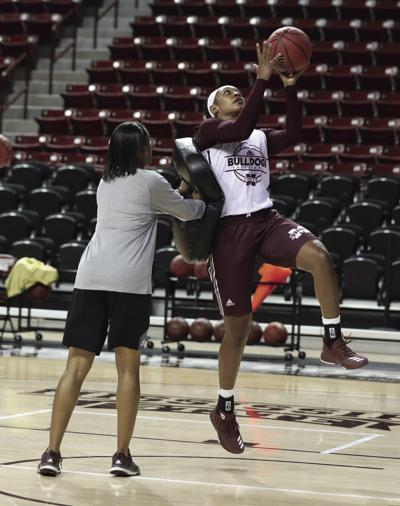 Women's basketball starts practice, looks to improve on last season