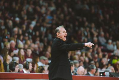 Vic Schaefer leaves Bulldogs behind to coach at Texas