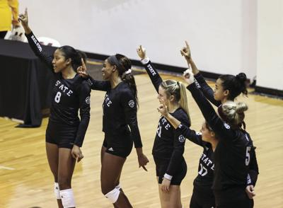 Volleyball aces Southern Miss Classic