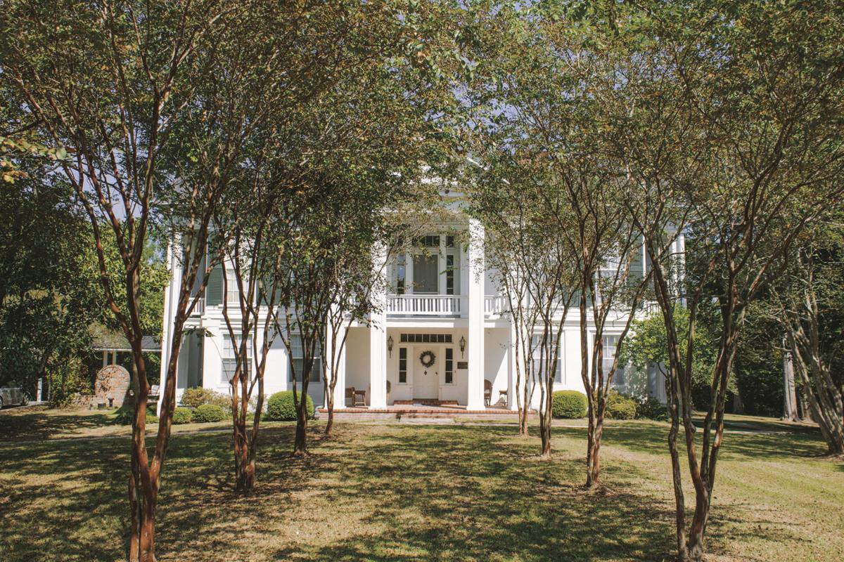 Starkville antebellum home sees new life as bed and breakfast