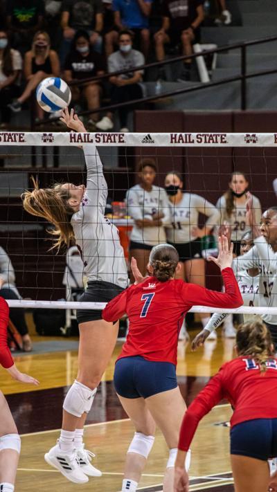 MSU Volleyball keeps rolling against LSU