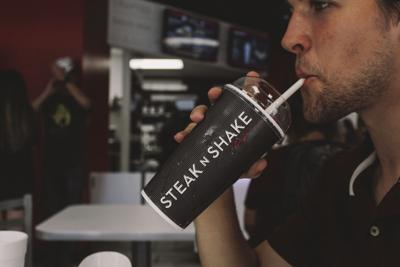 Steak 'n Shake is showing off to students