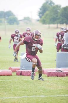 Faces new and old crowd backfield without Dixon