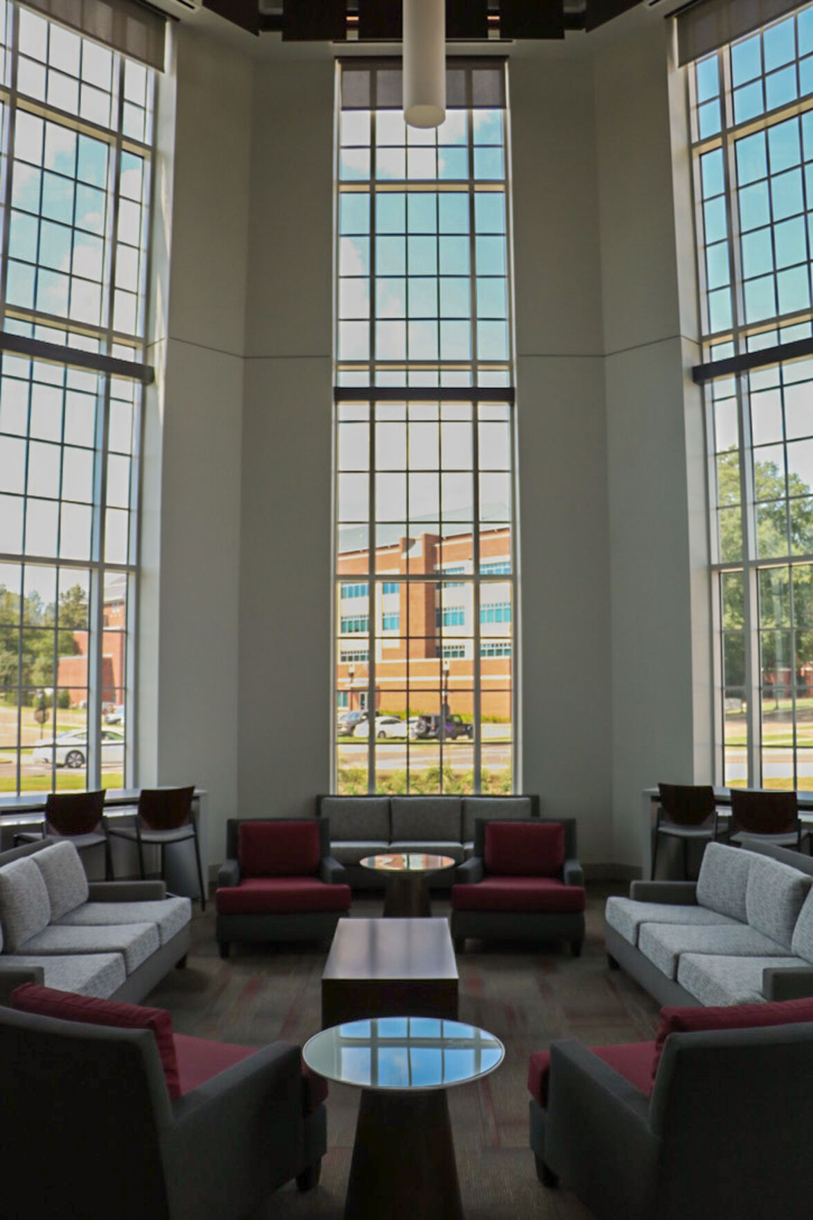 New Rula building offers advanced technology for engineering students