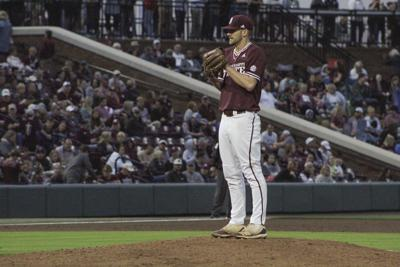 Super Diamond Dawgs pitch, defend their way to victory
