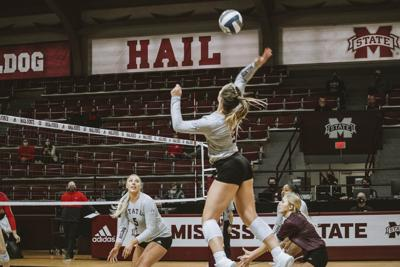MSU volleyball thumps Ole Miss in convincing fashion