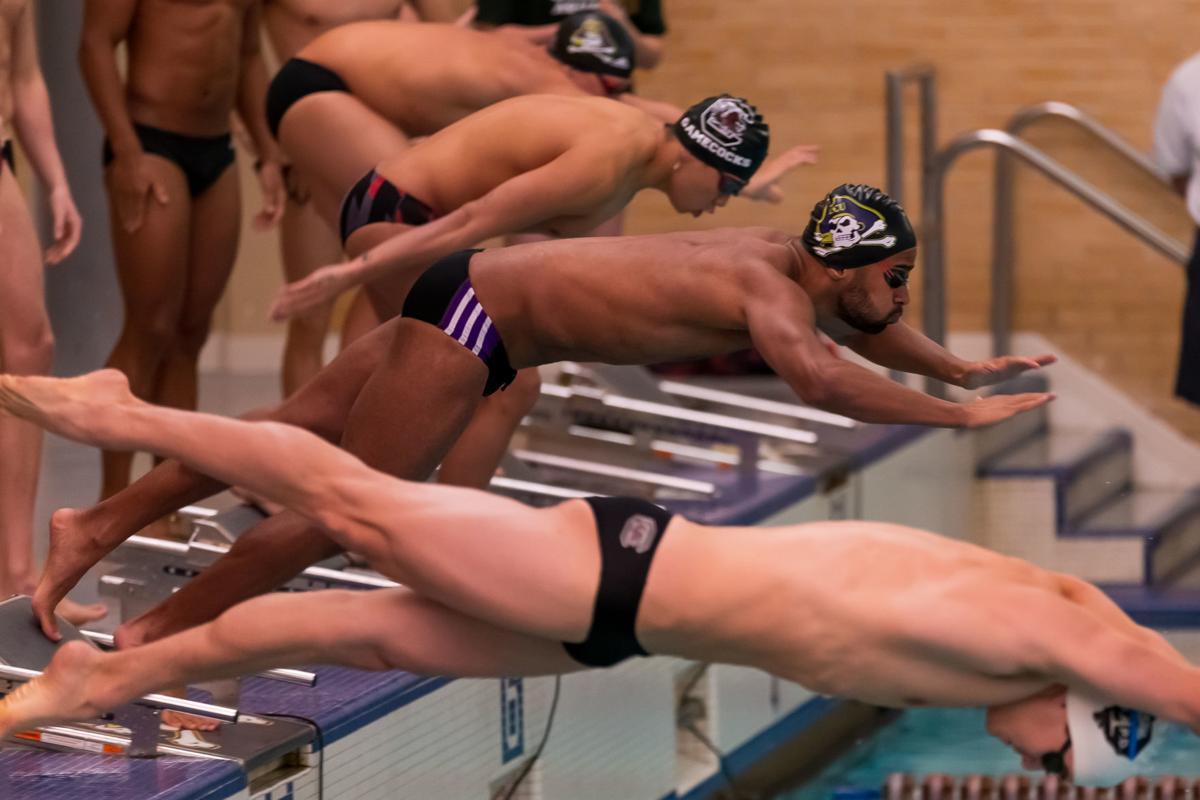 ECU swim-Santos