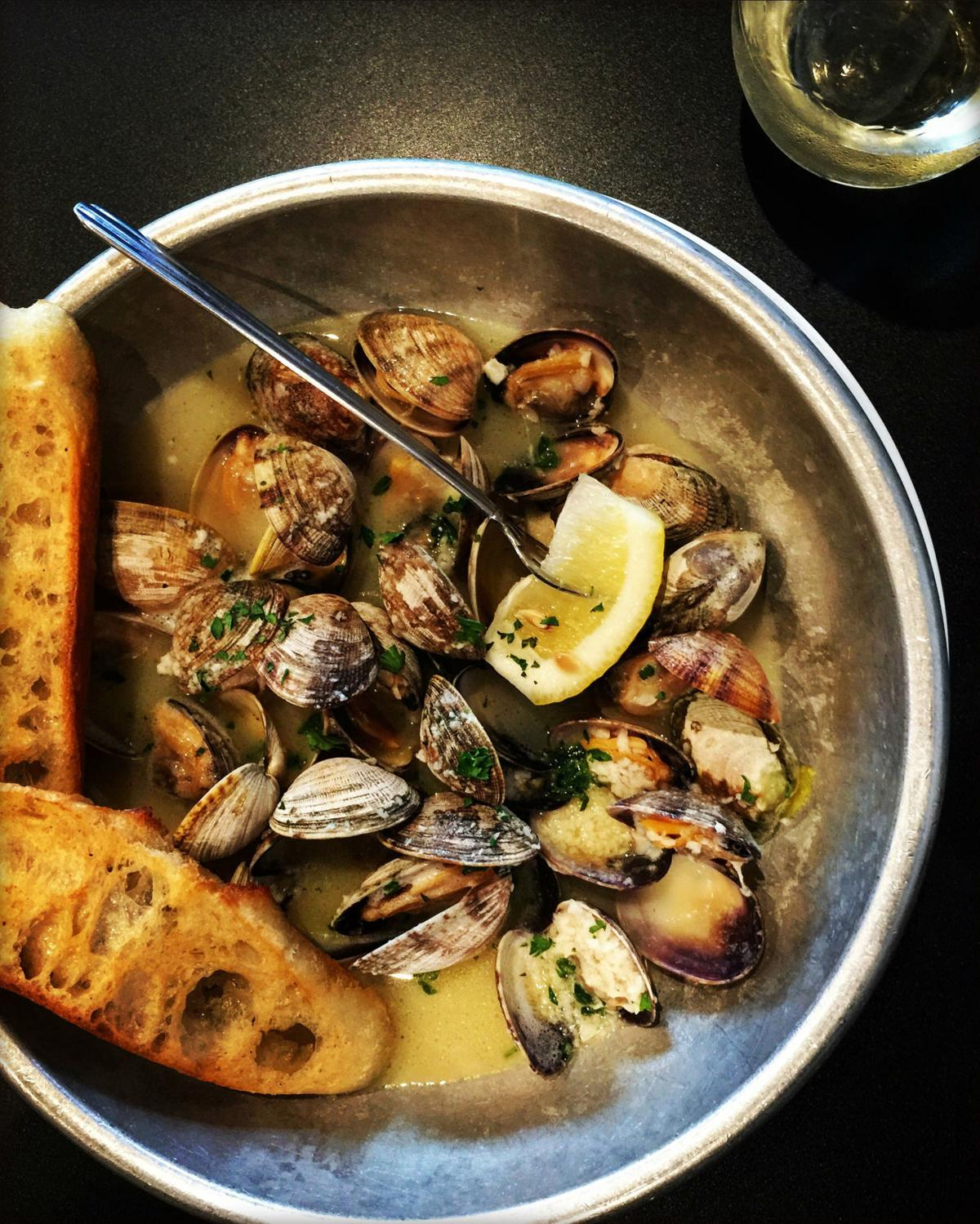 Butter and Garlic Clams