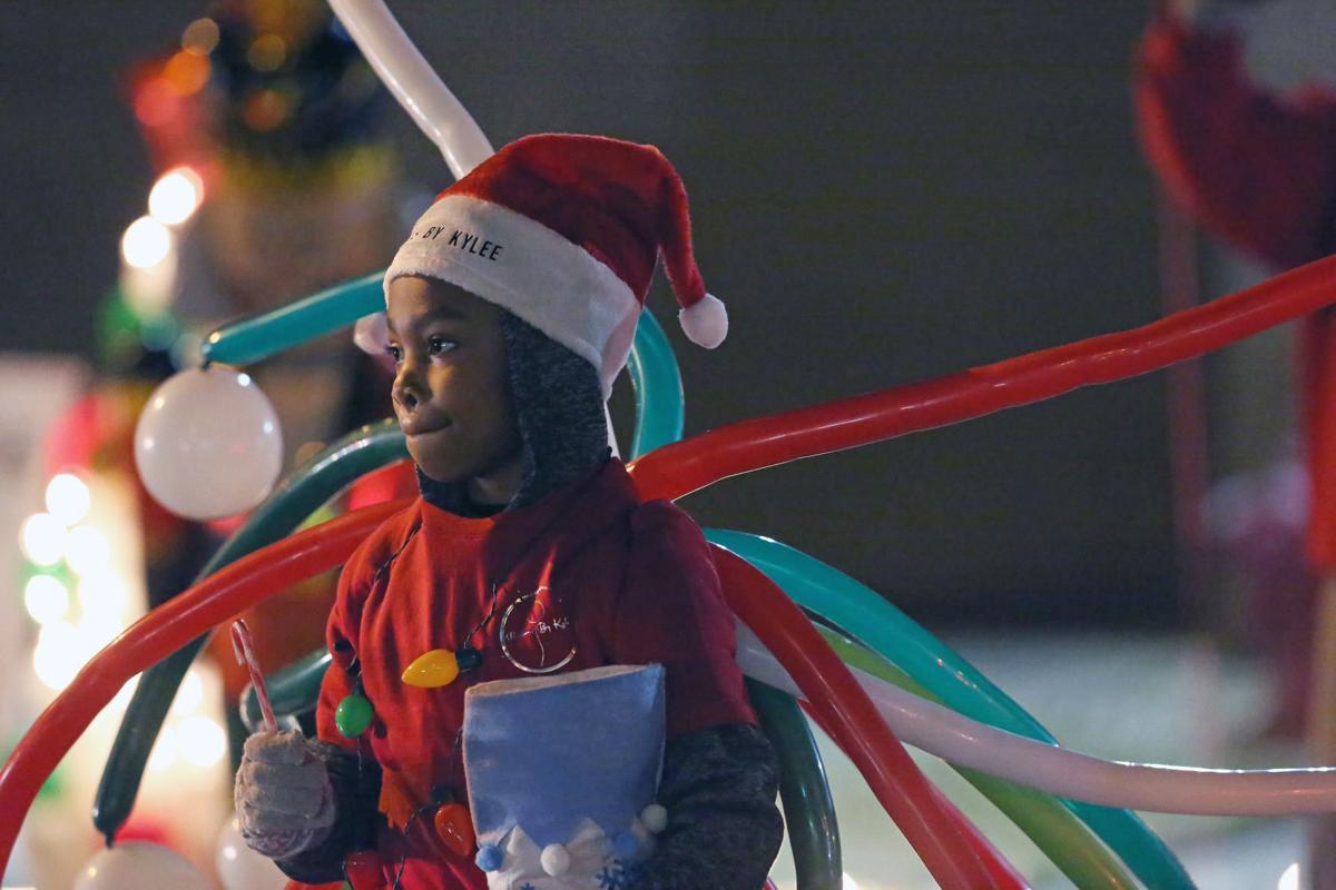 Christmas Parade 2021 Bennette Nc Holiday Events Reflector Com