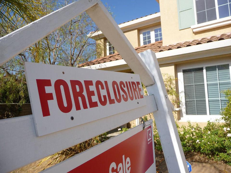 2008-Housing-Market-Crash.jpg