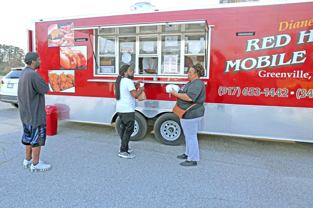 Food truck rodeo brings take-out options in Greenville 9