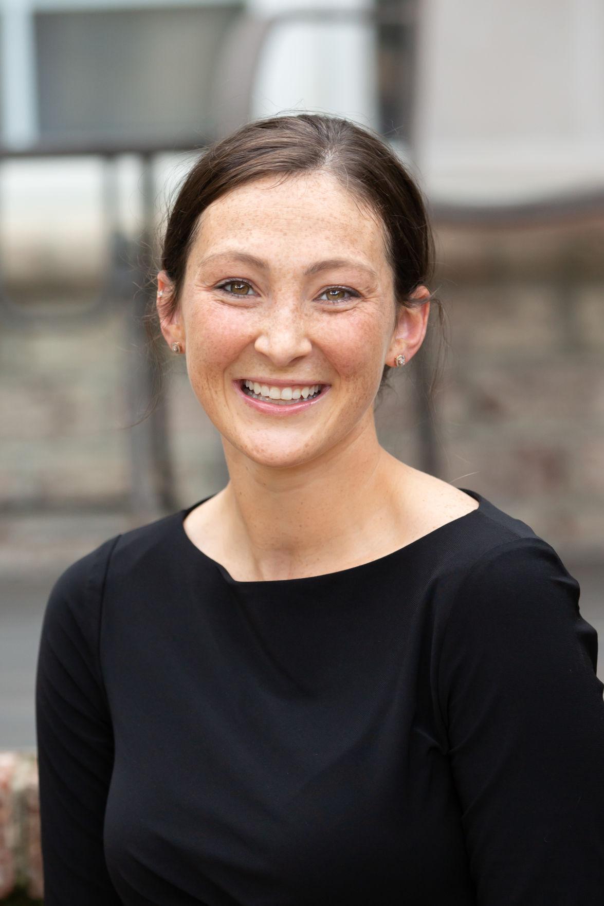 Cassie Hoyt, children's author