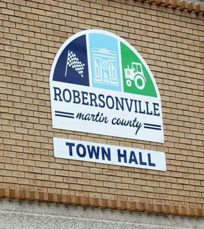 Two Martin County Towns Now Seek Leadership : Robersonville Town Manager gives notice of immediate retirement