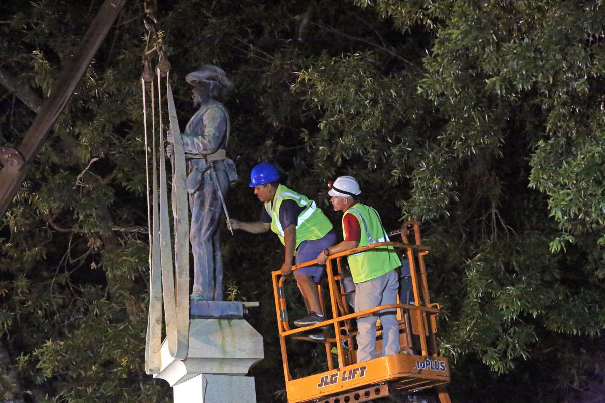 Confederate soldier monument is removed from Pitt County Courthouse lawn 3