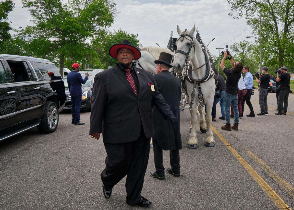 funeral procession horton 1