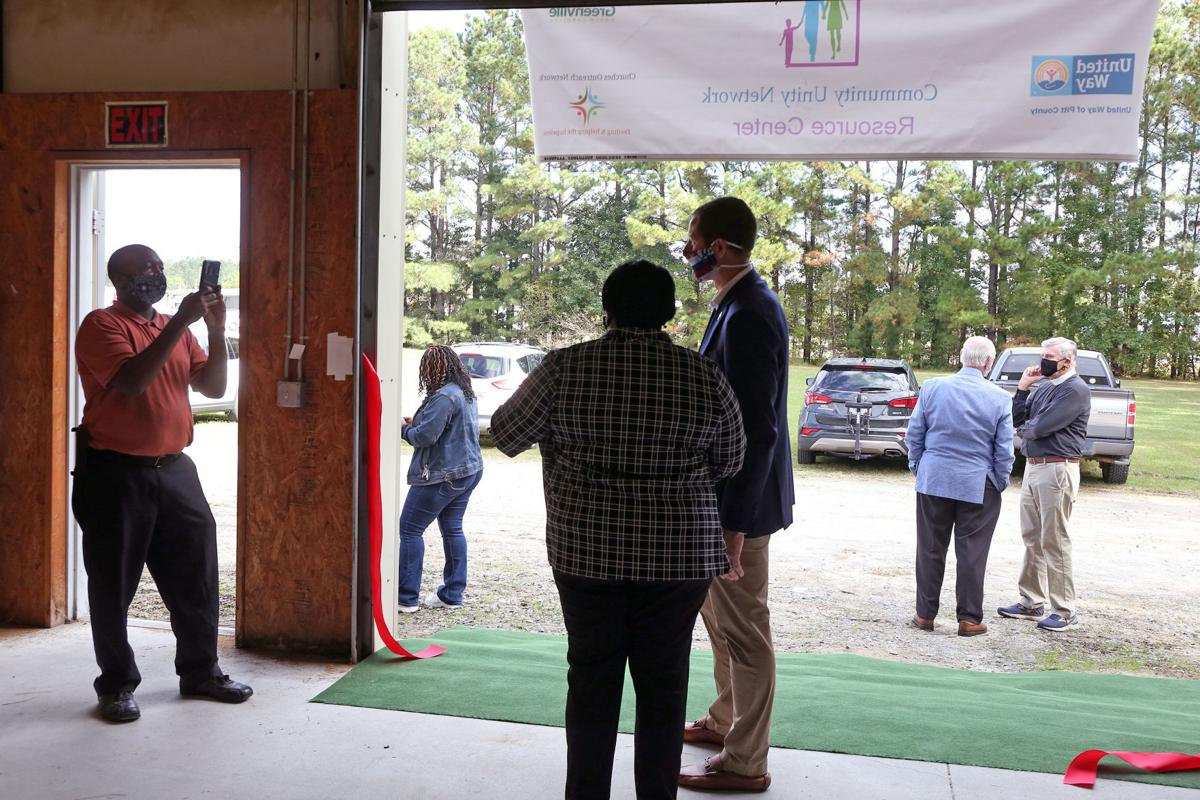 Community Unity Network Resource Center Opens 4