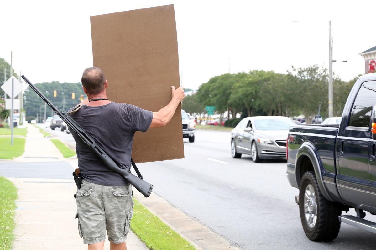 Veteran protests Gov.Roy Cooper's mask mandate 1