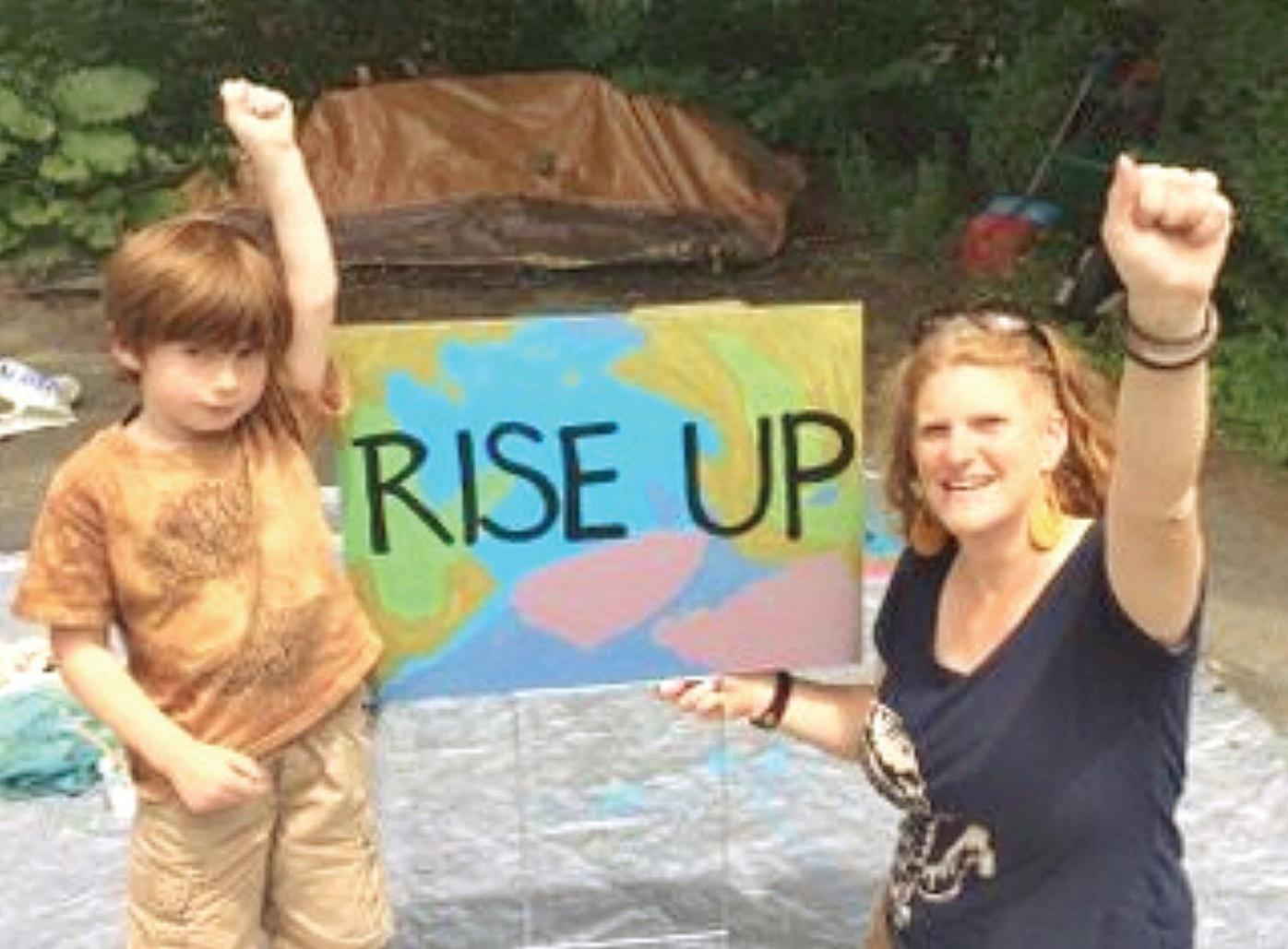 'Mother Up' for the climate: Abby Mnookin working to make change happen
