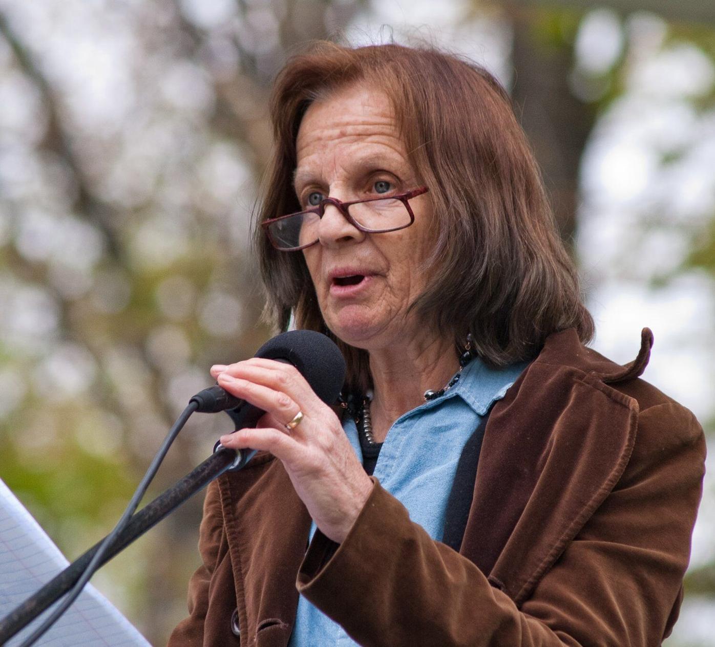 Burke seeking reelection to Windham 2-2