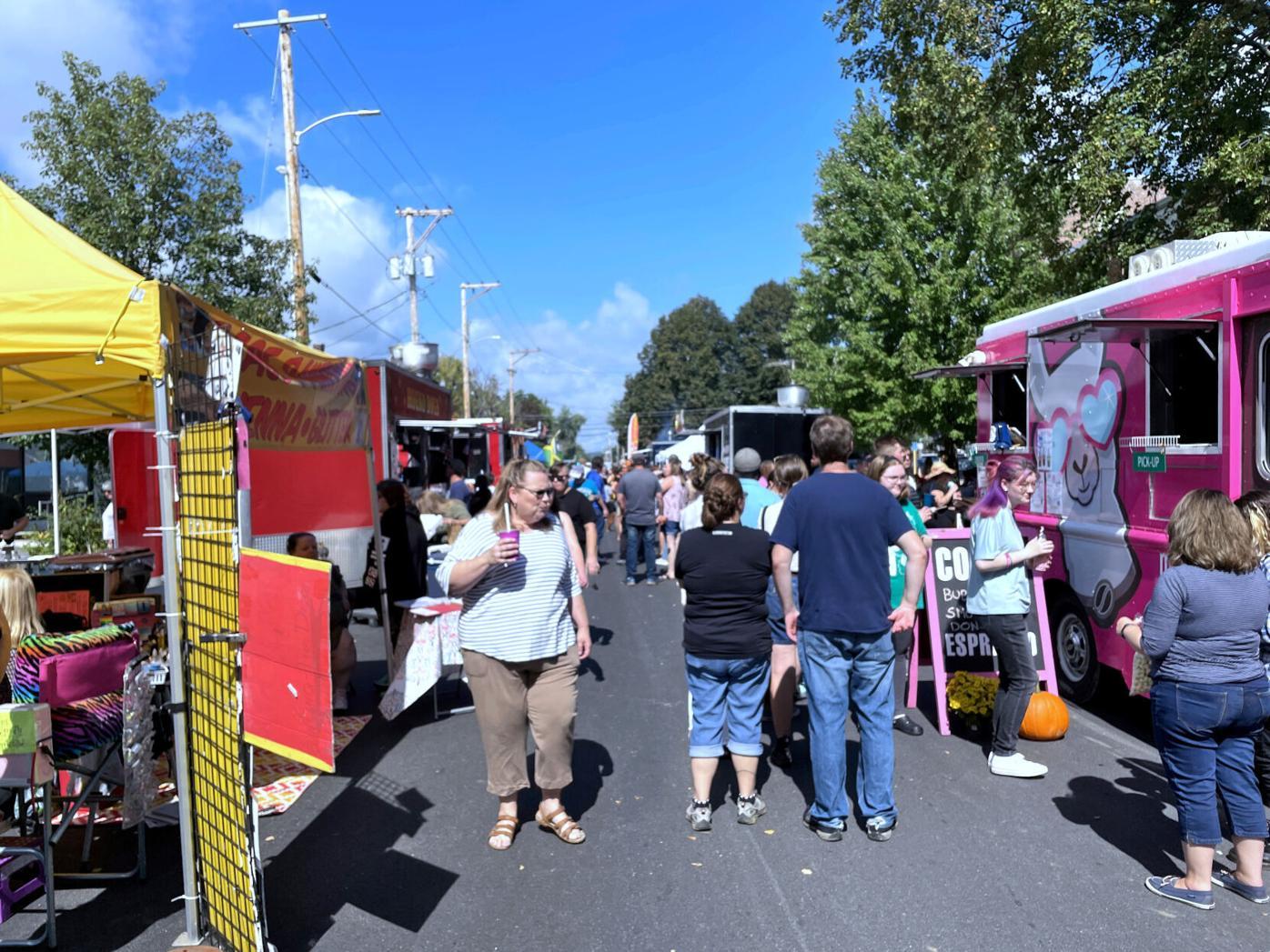 Food Truck Festival_School Street.JPG