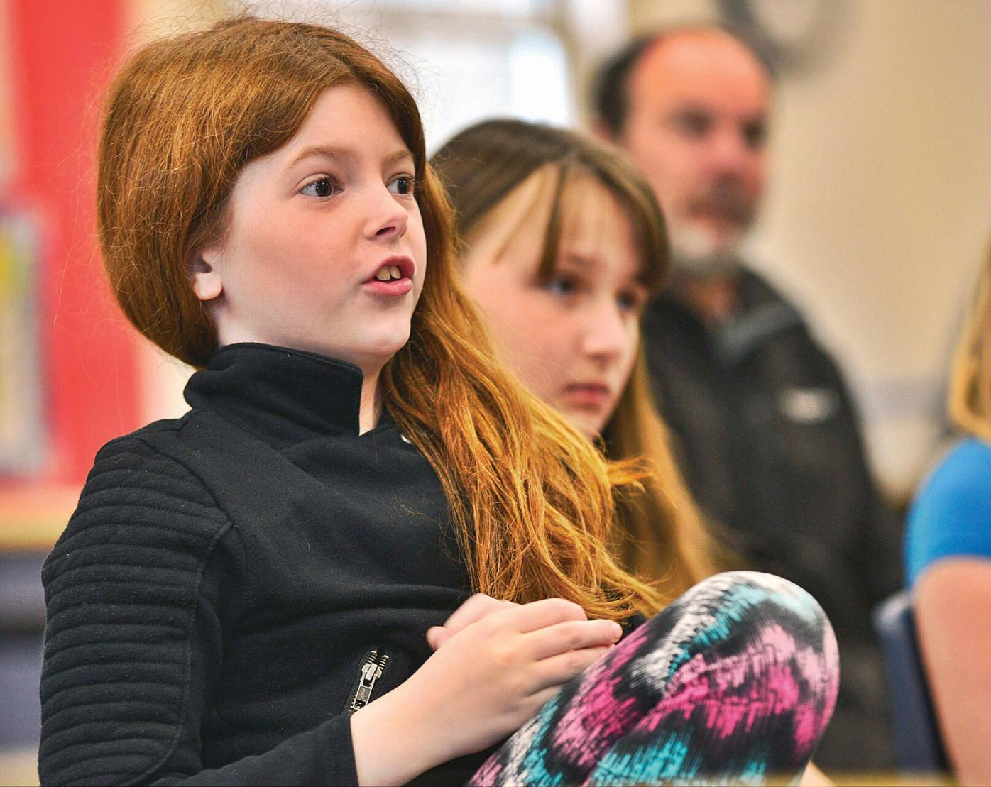 Art program has students learning about town's history