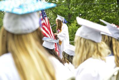 Seniors take final walk at Hinsdale High: 'We are the change we seek'