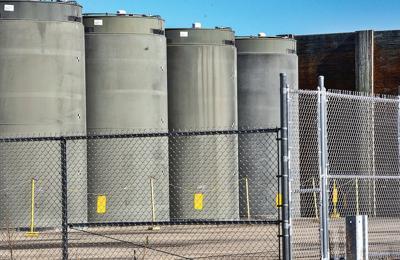 Cask concern halts fuel move at Vermont Yankee