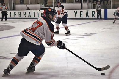 Hayward named Syracuse hockey team's MVP