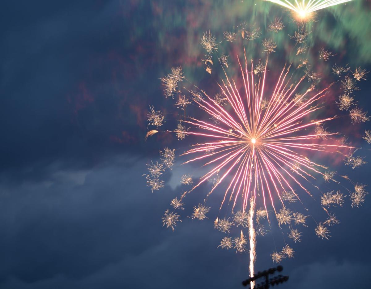 190710_mr_lou_fireworks_02