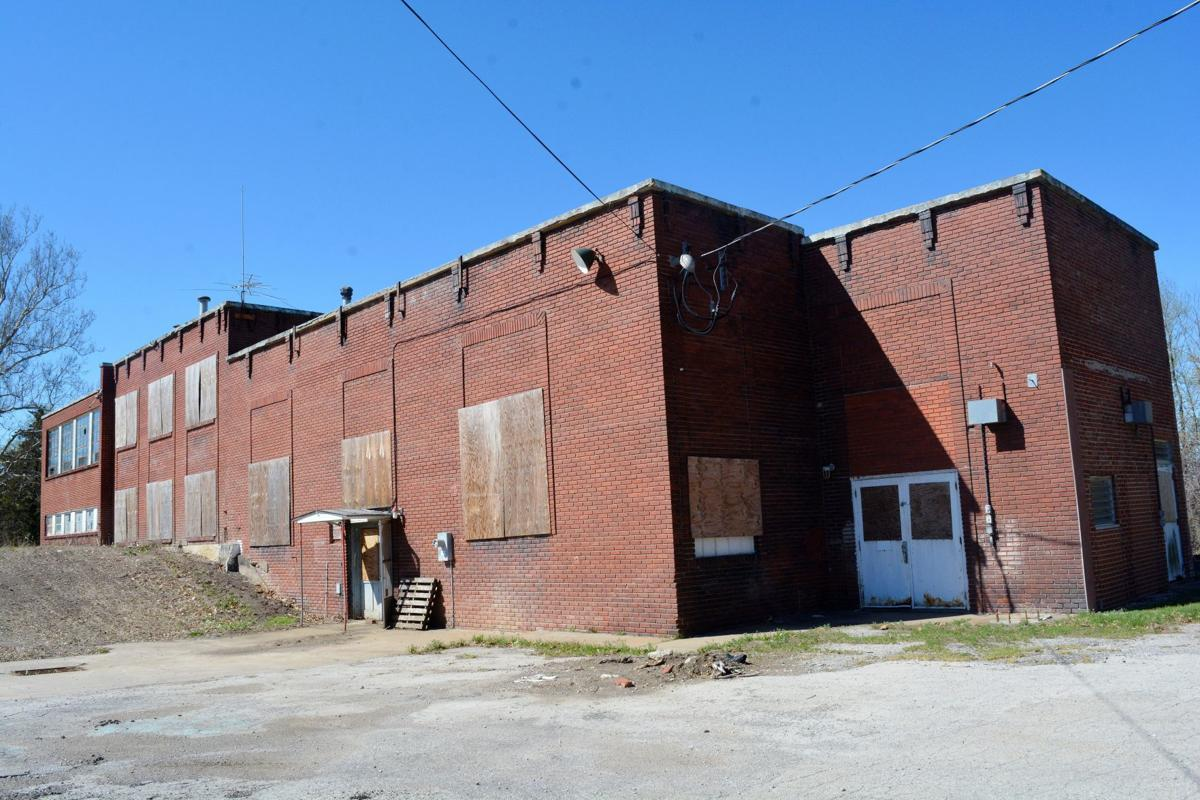 Paola scraps plan for tire recycling plant