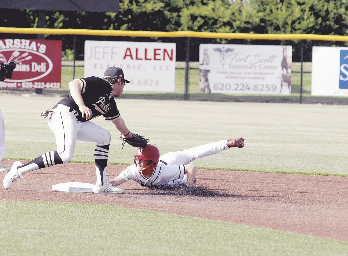 Panthers lose one-run game in regionals
