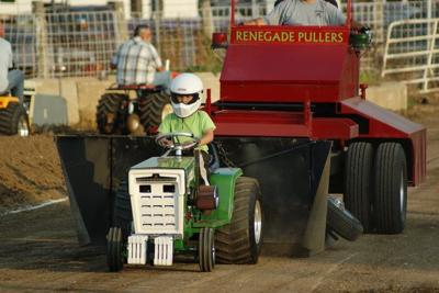 Garden Tractor Pull Helps Continue Family Tradition Local News