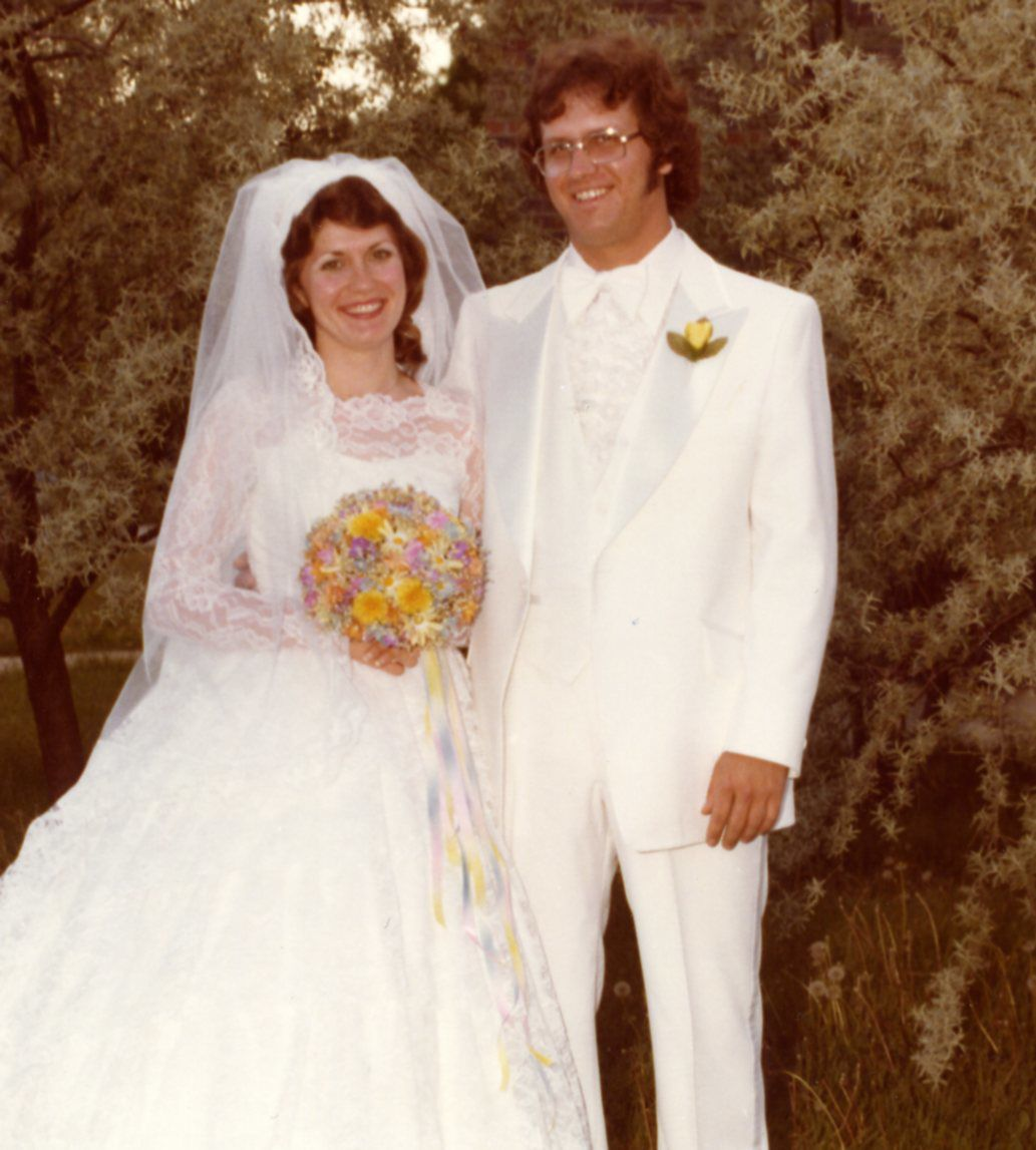Adams celebrate 40th anniversary