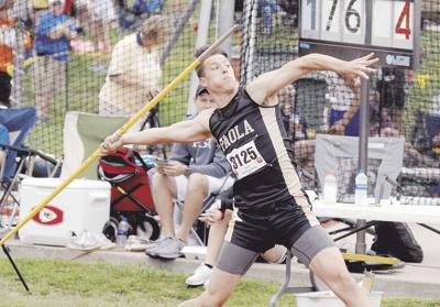 Third state trip golden in javelin for Richmond