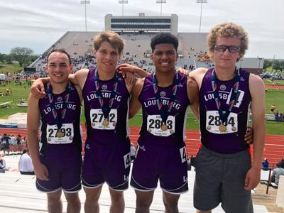 Wildcats run down state gold in 4x400-meter relay